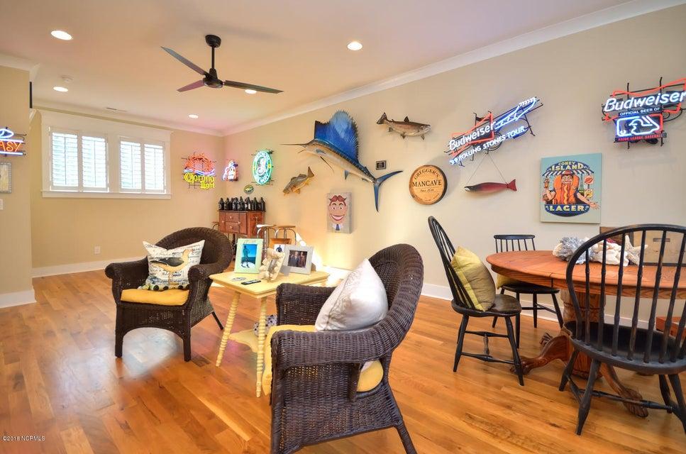 Seawatch @ Sunset Harbor Real Estate - http://cdn.resize.sparkplatform.com/ncr/1024x768/true/20180117210946561903000000-o.jpg