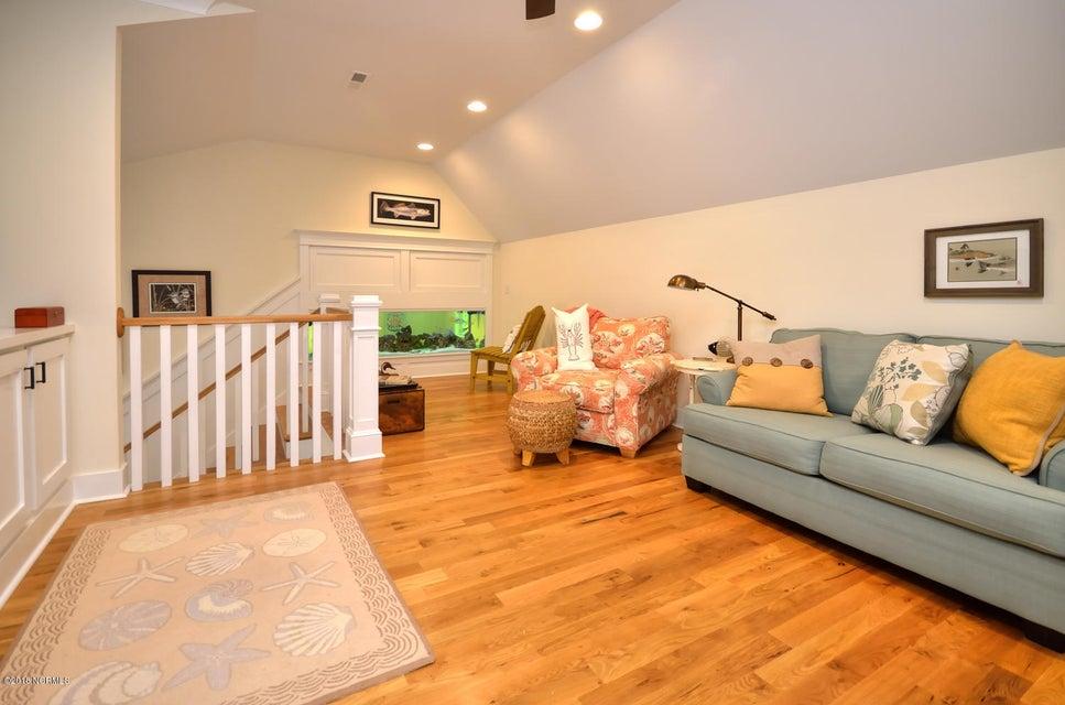 Seawatch @ Sunset Harbor Real Estate - http://cdn.resize.sparkplatform.com/ncr/1024x768/true/20180117210952844960000000-o.jpg