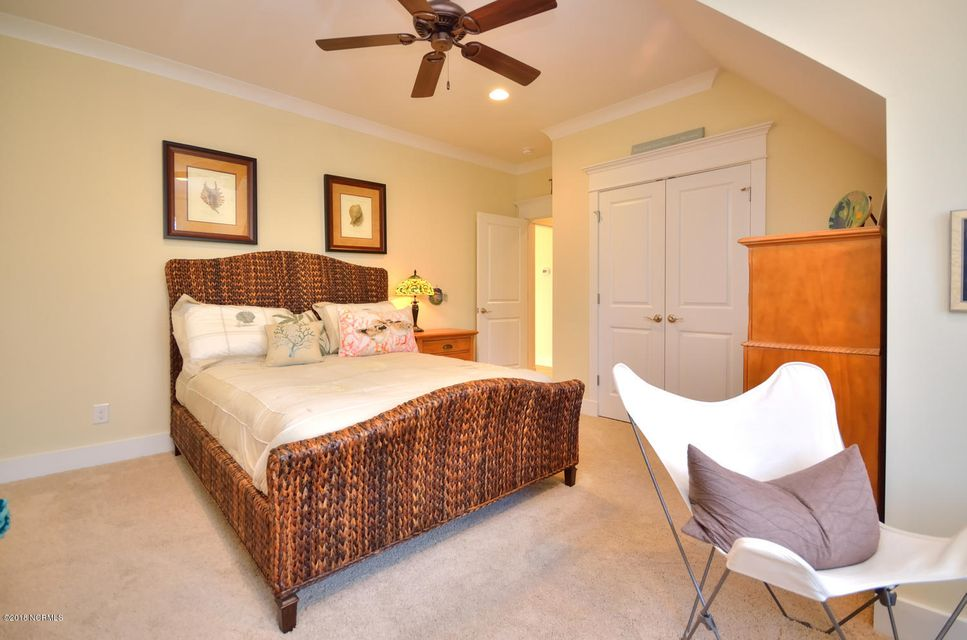 Seawatch @ Sunset Harbor Real Estate - http://cdn.resize.sparkplatform.com/ncr/1024x768/true/20180117210955019928000000-o.jpg