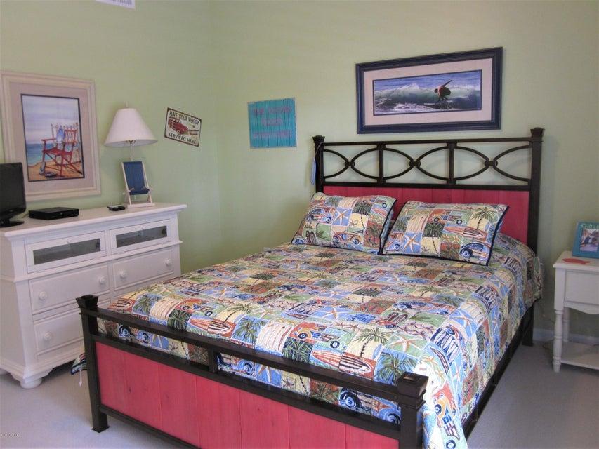 South Harbour Village Real Estate - http://cdn.resize.sparkplatform.com/ncr/1024x768/true/20180118002744396951000000-o.jpg
