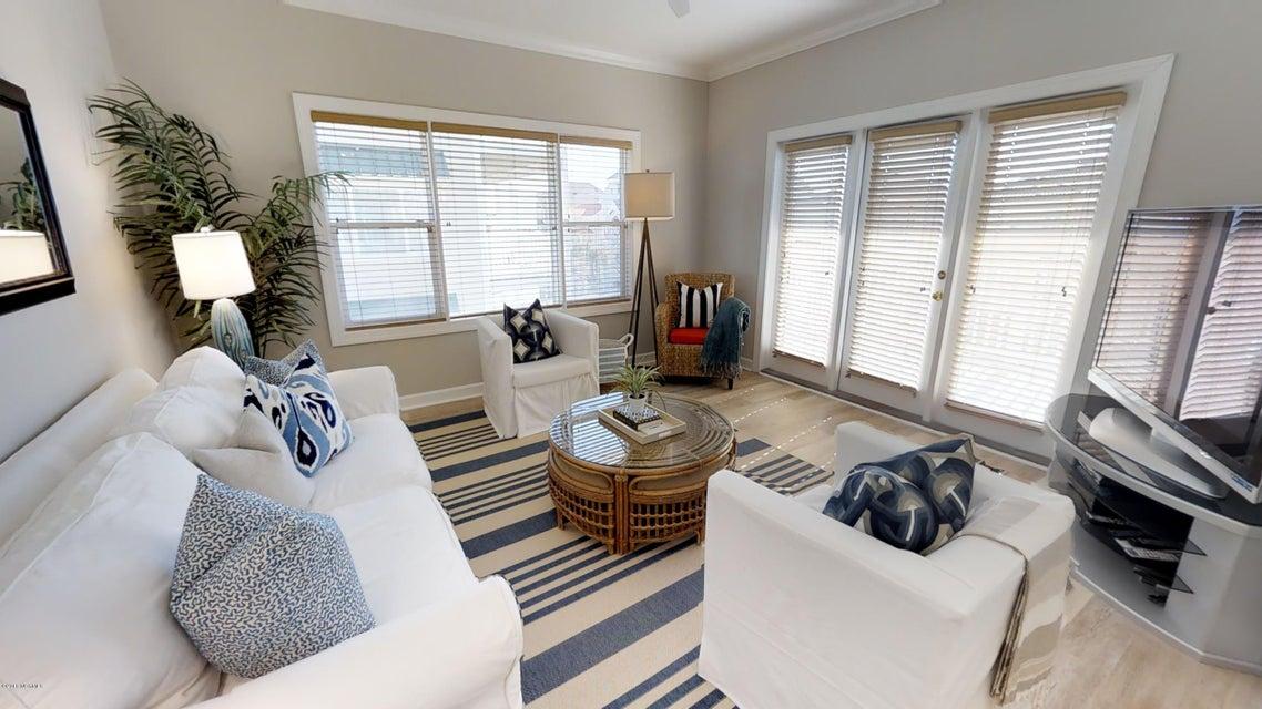 Islander Resort Real Estate - http://cdn.resize.sparkplatform.com/ncr/1024x768/true/20180118023509233964000000-o.jpg