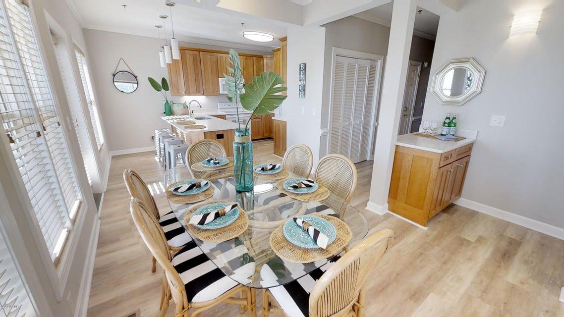 Islander Resort Real Estate - http://cdn.resize.sparkplatform.com/ncr/1024x768/true/20180118023543665741000000-o.jpg