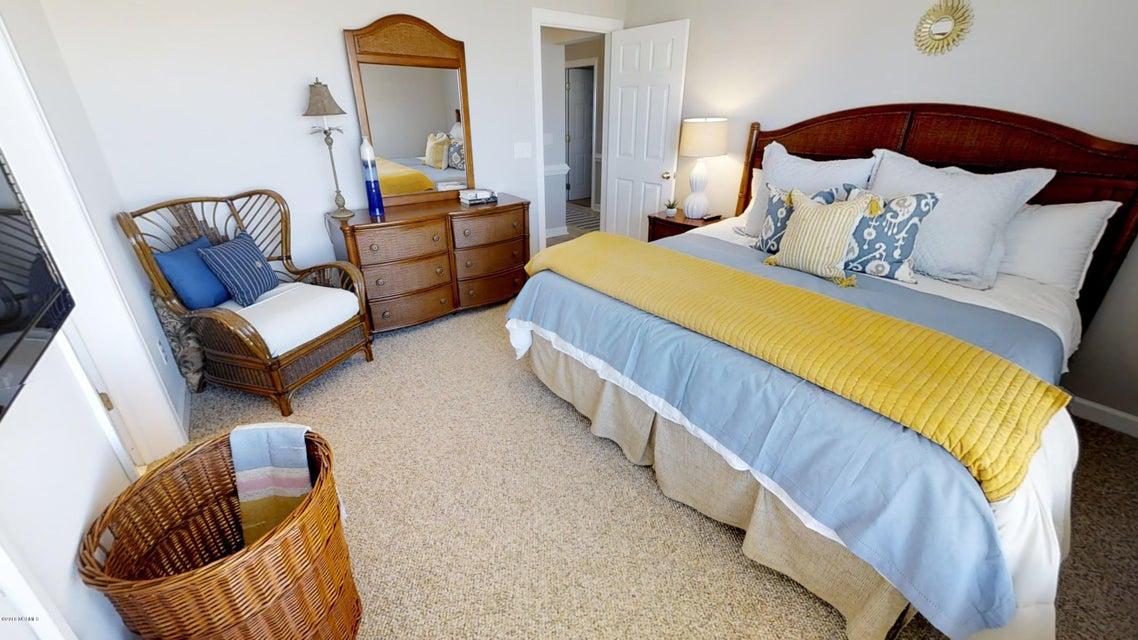 Islander Resort Real Estate - http://cdn.resize.sparkplatform.com/ncr/1024x768/true/20180118023946924207000000-o.jpg