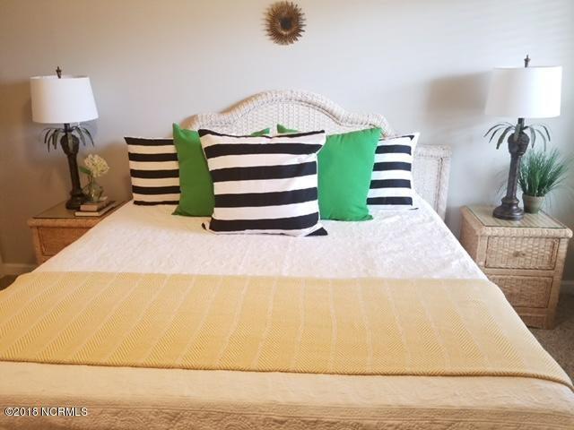 Islander Resort Real Estate - http://cdn.resize.sparkplatform.com/ncr/1024x768/true/20180118024403517653000000-o.jpg