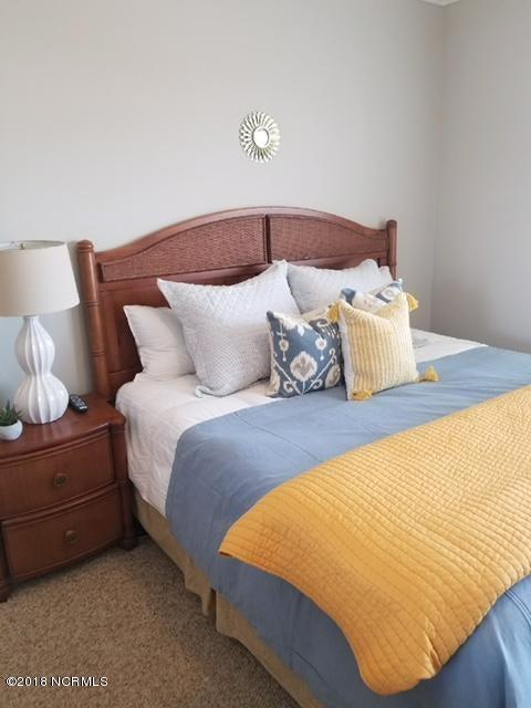 Islander Resort Real Estate - http://cdn.resize.sparkplatform.com/ncr/1024x768/true/20180118024912848867000000-o.jpg