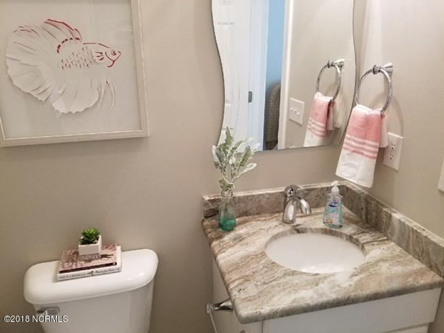 Islander Resort Real Estate - http://cdn.resize.sparkplatform.com/ncr/1024x768/true/20180118030040505399000000-o.jpg