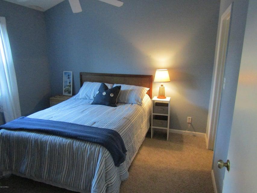 Carolina Shores Vill Real Estate - http://cdn.resize.sparkplatform.com/ncr/1024x768/true/20180119223147843254000000-o.jpg