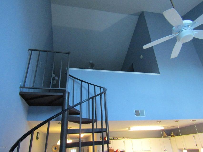Carolina Shores Vill Real Estate - http://cdn.resize.sparkplatform.com/ncr/1024x768/true/20180119223527165199000000-o.jpg