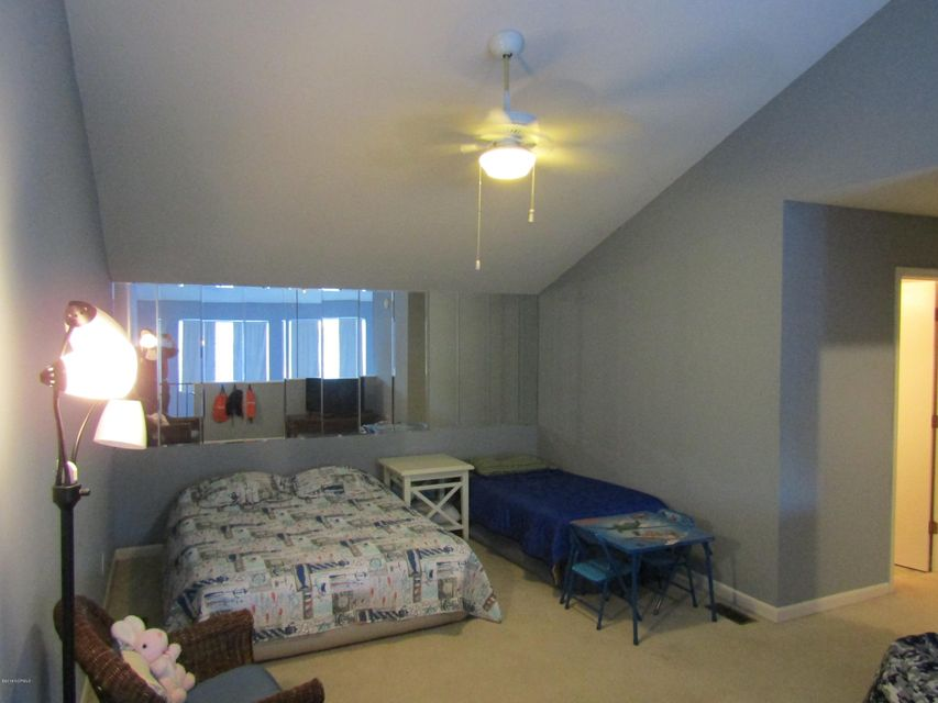Carolina Shores Vill Real Estate - http://cdn.resize.sparkplatform.com/ncr/1024x768/true/20180119223654478138000000-o.jpg