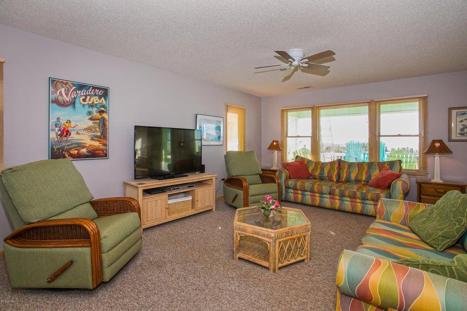 Robinson Beach Real Estate - http://cdn.resize.sparkplatform.com/ncr/1024x768/true/20180120172449564247000000-o.jpg
