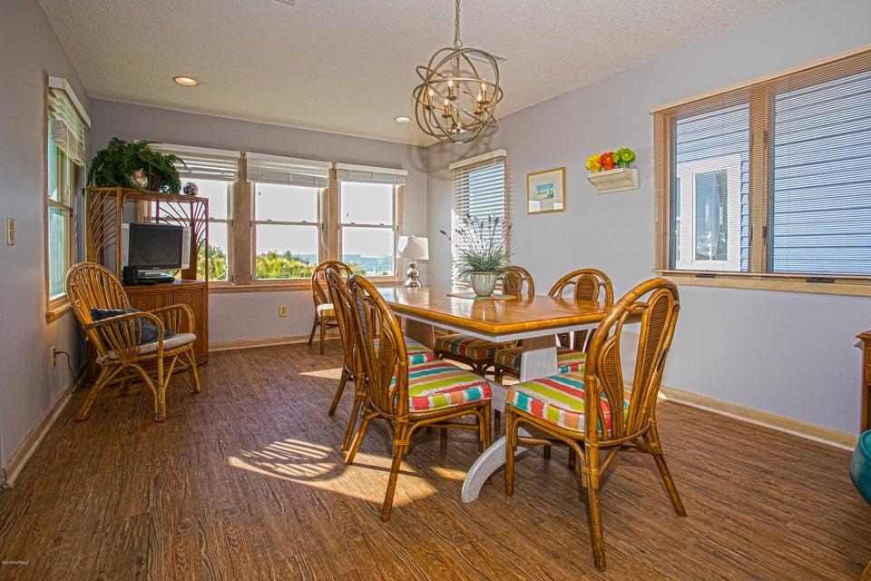 Robinson Beach Real Estate - http://cdn.resize.sparkplatform.com/ncr/1024x768/true/20180120172605527834000000-o.jpg