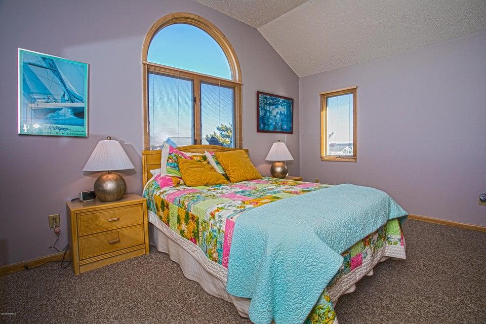 Robinson Beach Real Estate - http://cdn.resize.sparkplatform.com/ncr/1024x768/true/20180120172740065663000000-o.jpg