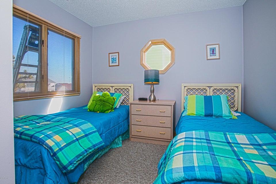 Robinson Beach Real Estate - http://cdn.resize.sparkplatform.com/ncr/1024x768/true/20180120172757120979000000-o.jpg