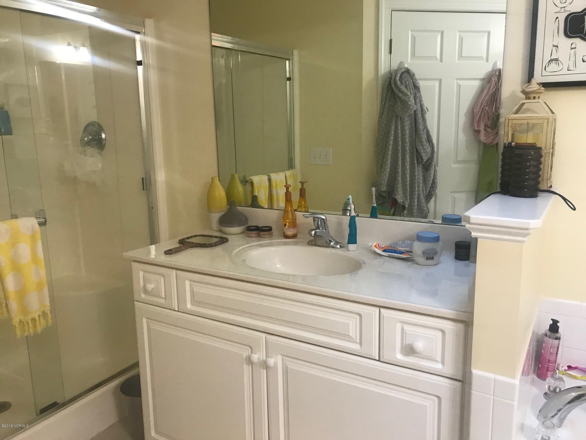 Waterford of the Carolinas Real Estate - http://cdn.resize.sparkplatform.com/ncr/1024x768/true/20180122214243167218000000-o.jpg