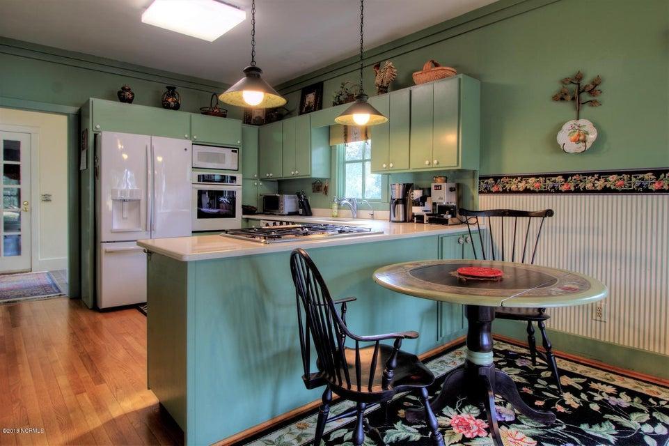 Smithville Woods Real Estate - http://cdn.resize.sparkplatform.com/ncr/1024x768/true/20180122221908481577000000-o.jpg