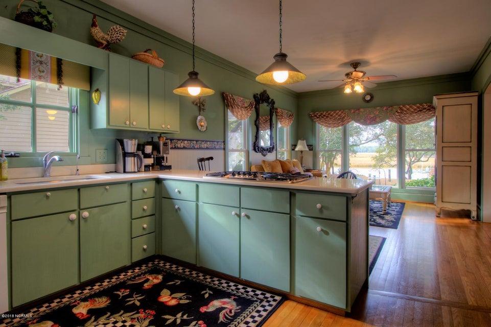 Smithville Woods Real Estate - http://cdn.resize.sparkplatform.com/ncr/1024x768/true/20180122221943102130000000-o.jpg