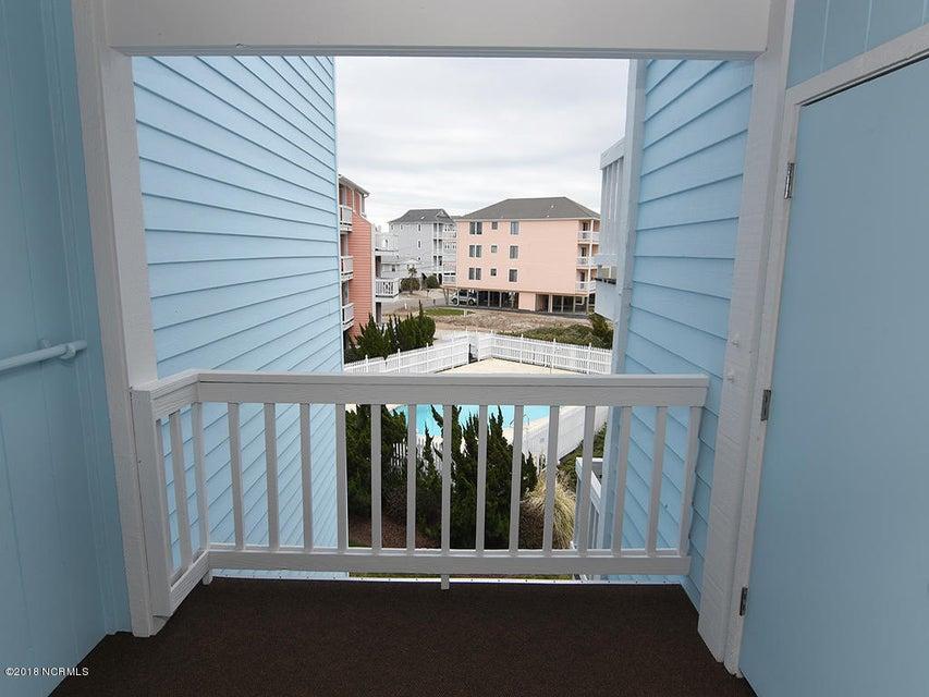 Seascape Real Estate - http://cdn.resize.sparkplatform.com/ncr/1024x768/true/20180123131106063565000000-o.jpg