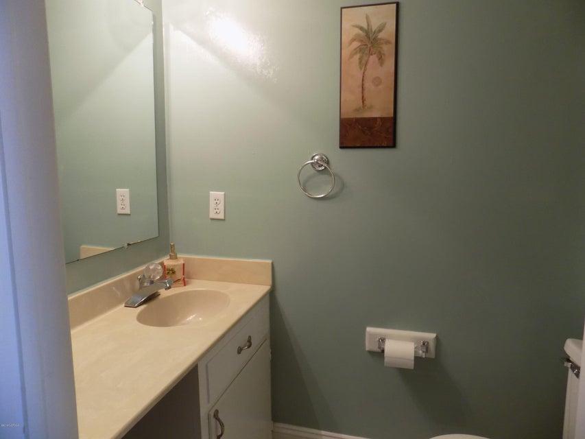 Driftwood Villas Real Estate - http://cdn.resize.sparkplatform.com/ncr/1024x768/true/20180125142309476108000000-o.jpg
