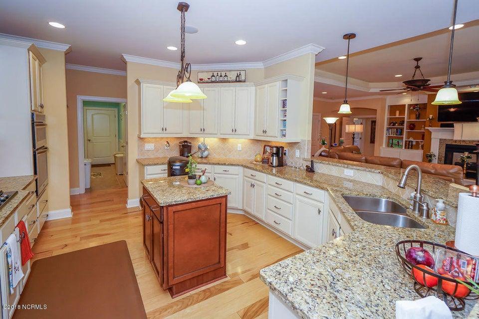 Brunswick Forest Real Estate - http://cdn.resize.sparkplatform.com/ncr/1024x768/true/20180125155510808098000000-o.jpg
