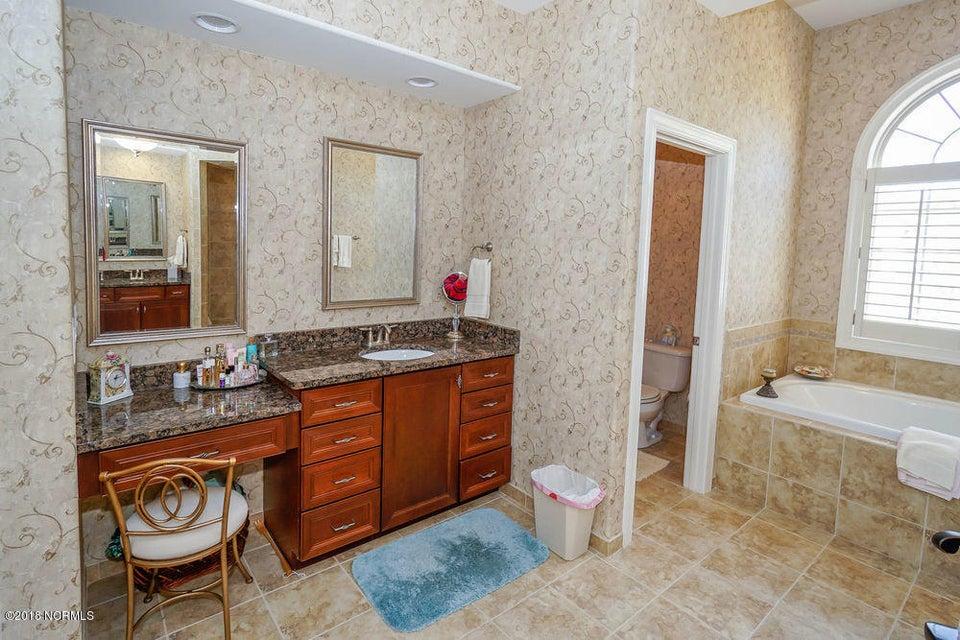Brunswick Forest Real Estate - http://cdn.resize.sparkplatform.com/ncr/1024x768/true/20180125155604876834000000-o.jpg