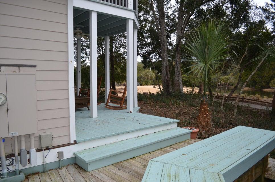 BHI (Bald Head Island) Real Estate - http://cdn.resize.sparkplatform.com/ncr/1024x768/true/20180125175042310682000000-o.jpg