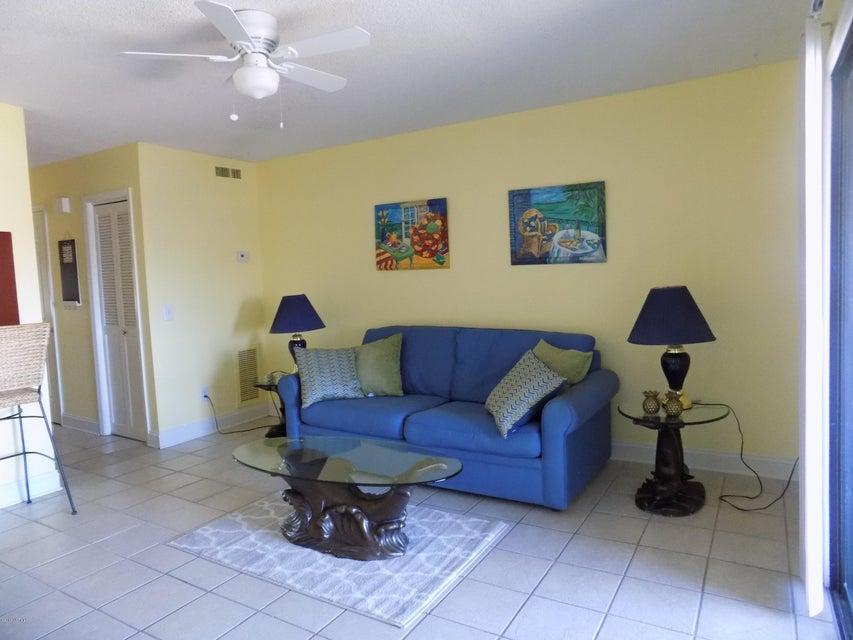 Driftwood Villas Real Estate - http://cdn.resize.sparkplatform.com/ncr/1024x768/true/20180125204612064989000000-o.jpg