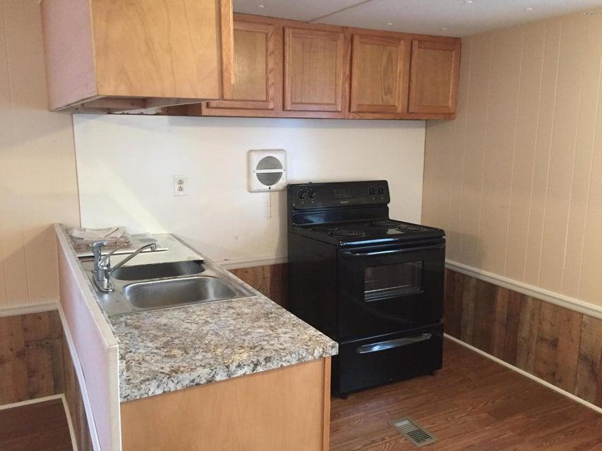 Holiday Acres Real Estate - http://cdn.resize.sparkplatform.com/ncr/1024x768/true/20180129232518185954000000-o.jpg