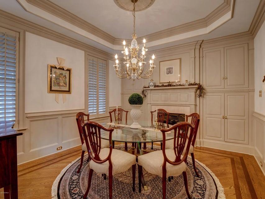 St James Real Estate - http://cdn.resize.sparkplatform.com/ncr/1024x768/true/20180130170622155691000000-o.jpg