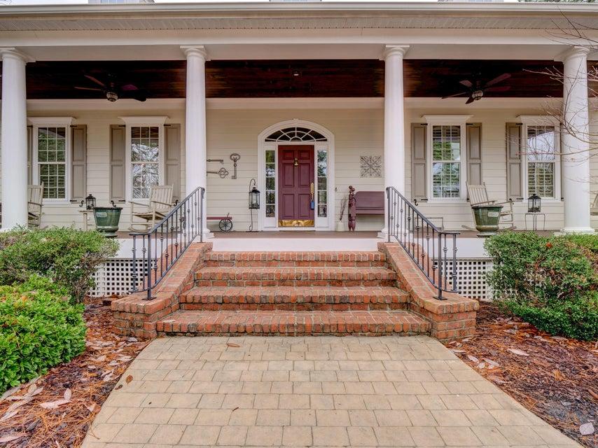 St James Real Estate - http://cdn.resize.sparkplatform.com/ncr/1024x768/true/20180130171029533006000000-o.jpg