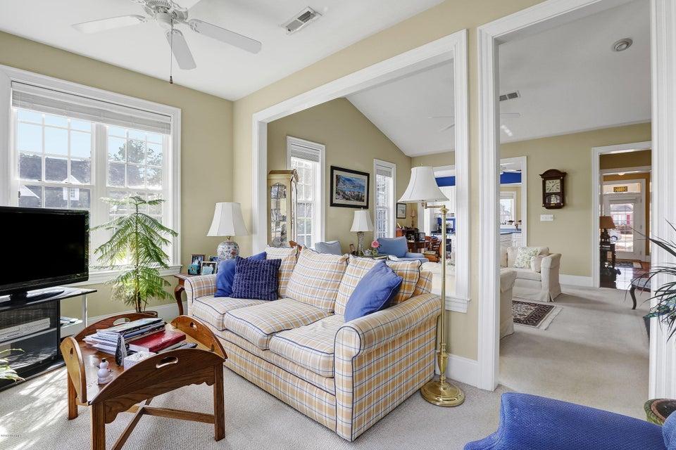 Magnolia Greens Real Estate - http://cdn.resize.sparkplatform.com/ncr/1024x768/true/20180130181544951976000000-o.jpg
