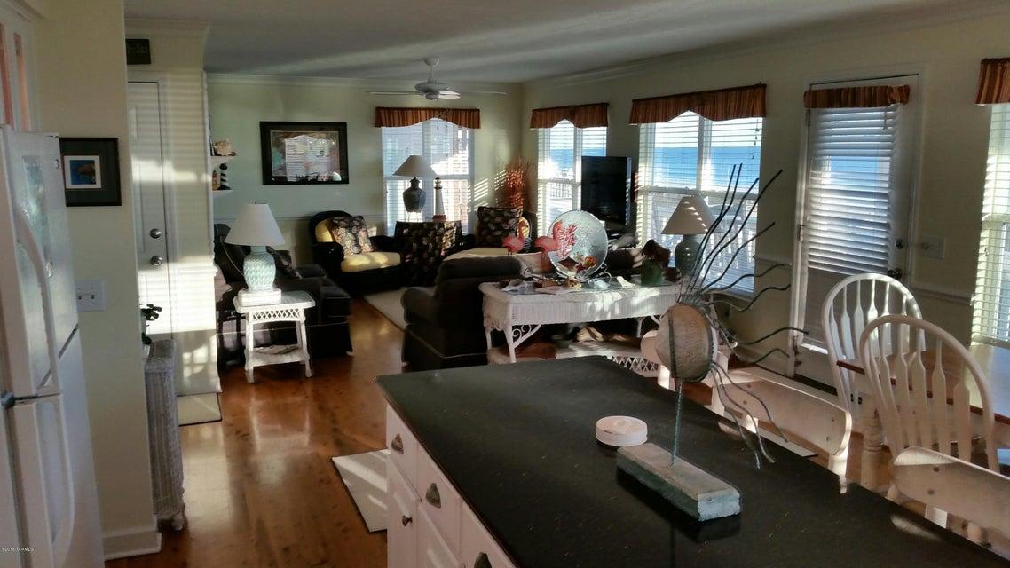 Colonial Beach Real Estate - http://cdn.resize.sparkplatform.com/ncr/1024x768/true/20180131151245673444000000-o.jpg