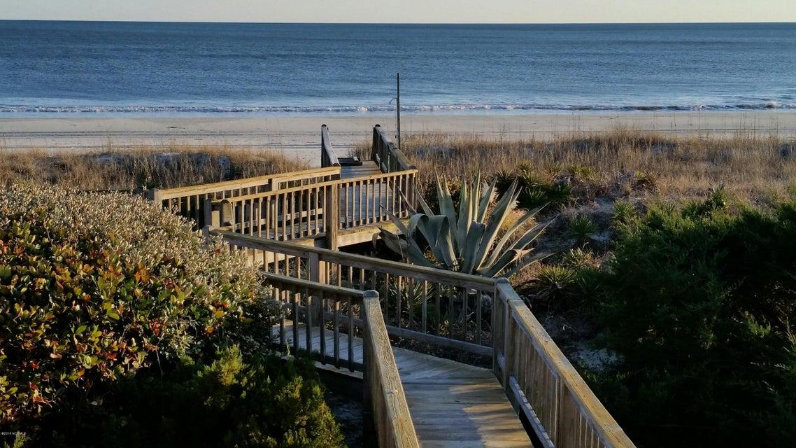 Colonial Beach Real Estate - http://cdn.resize.sparkplatform.com/ncr/1024x768/true/20180131151307914443000000-o.jpg