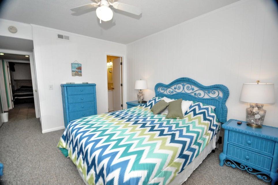 A Place At The Beach Real Estate - http://cdn.resize.sparkplatform.com/ncr/1024x768/true/20180201163129863764000000-o.jpg