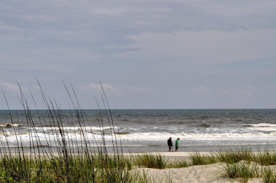 A Place At The Beach Real Estate - http://cdn.resize.sparkplatform.com/ncr/1024x768/true/20180201163319864221000000-o.jpg