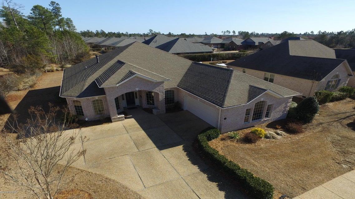 Brunswick Forest Real Estate - http://cdn.resize.sparkplatform.com/ncr/1024x768/true/20180201210630970440000000-o.jpg