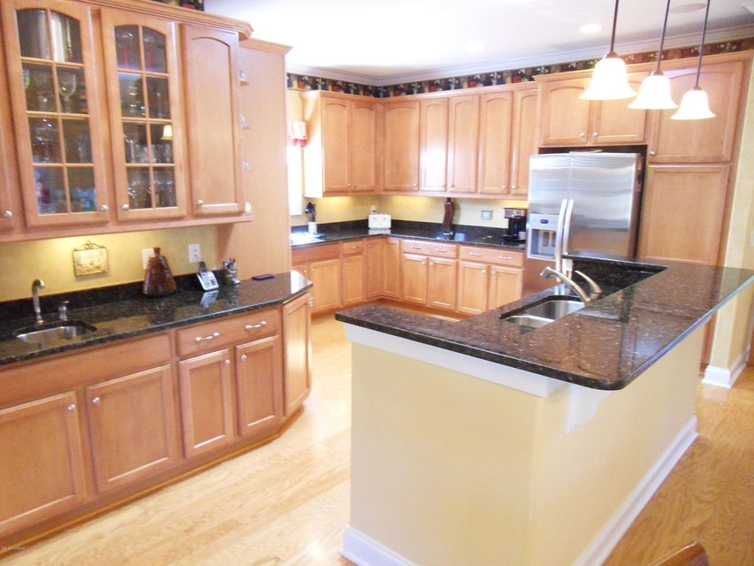 Brunswick Forest Real Estate - http://cdn.resize.sparkplatform.com/ncr/1024x768/true/20180201212915707436000000-o.jpg