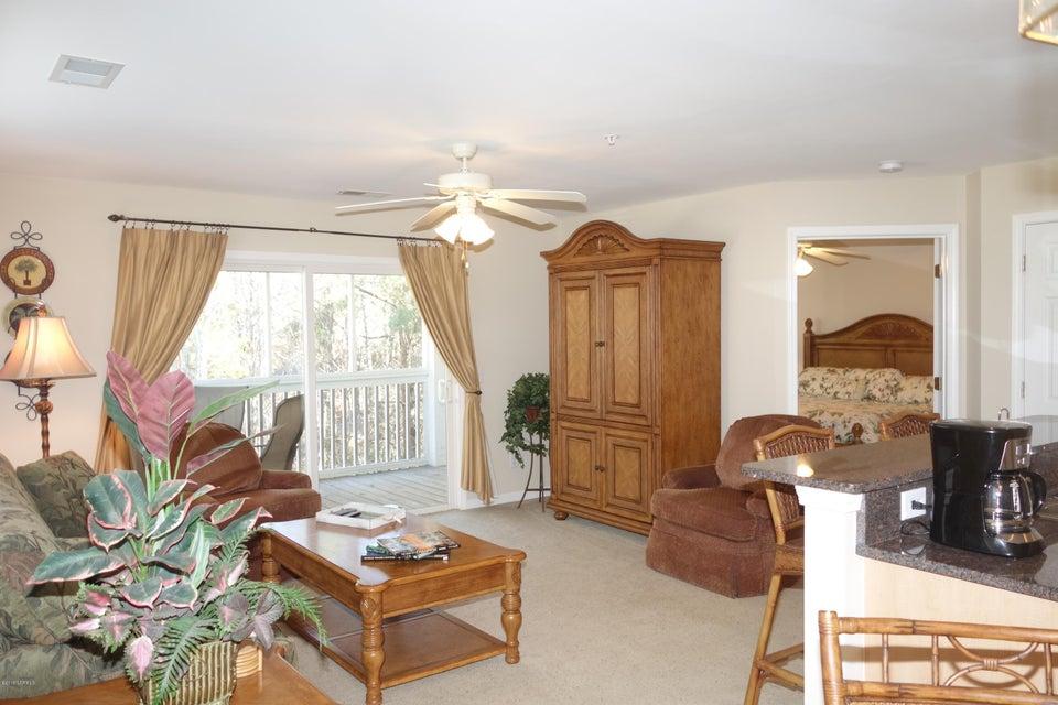 St James Real Estate - http://cdn.resize.sparkplatform.com/ncr/1024x768/true/20180202001208333425000000-o.jpg
