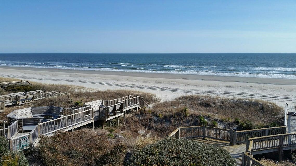 Colonial Beach Real Estate - http://cdn.resize.sparkplatform.com/ncr/1024x768/true/20180202145207642354000000-o.jpg