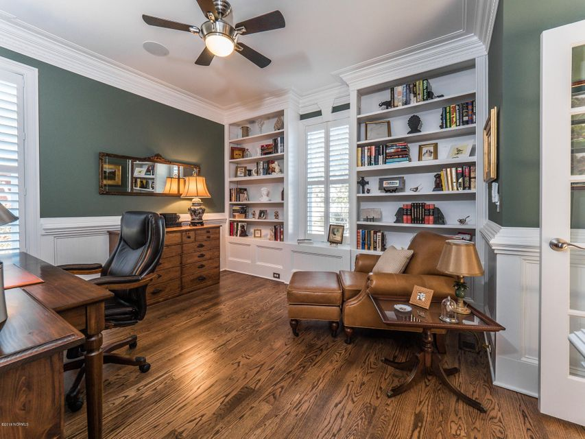 St James Real Estate - http://cdn.resize.sparkplatform.com/ncr/1024x768/true/20180202181228411636000000-o.jpg