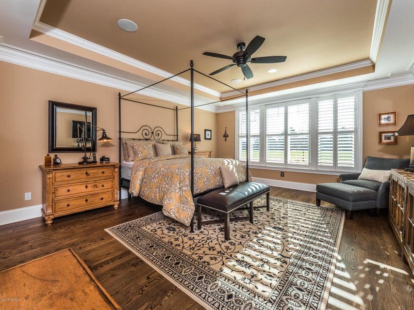St James Real Estate - http://cdn.resize.sparkplatform.com/ncr/1024x768/true/20180202181243503514000000-o.jpg