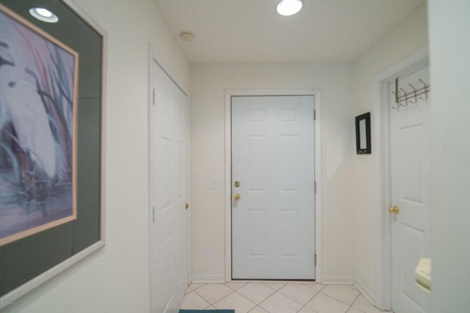 St James Real Estate - http://cdn.resize.sparkplatform.com/ncr/1024x768/true/20180202184618101012000000-o.jpg