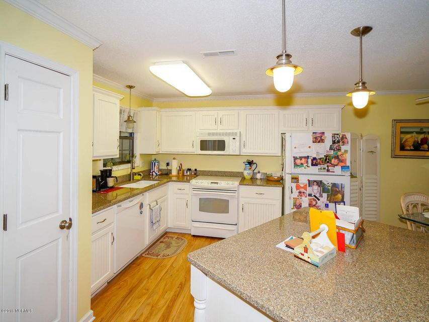 Brierwood Estates Real Estate - http://cdn.resize.sparkplatform.com/ncr/1024x768/true/20180203211045133891000000-o.jpg