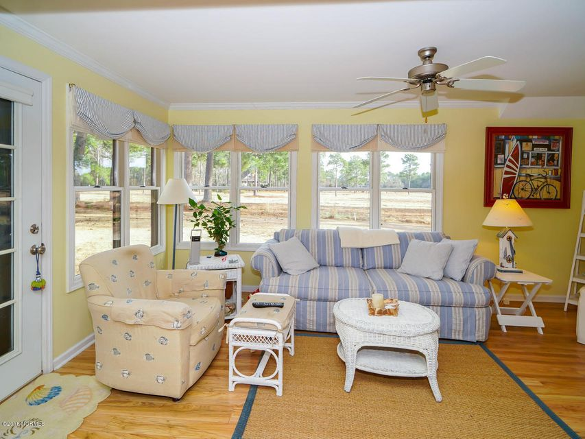 Brierwood Estates Real Estate - http://cdn.resize.sparkplatform.com/ncr/1024x768/true/20180203211542134709000000-o.jpg