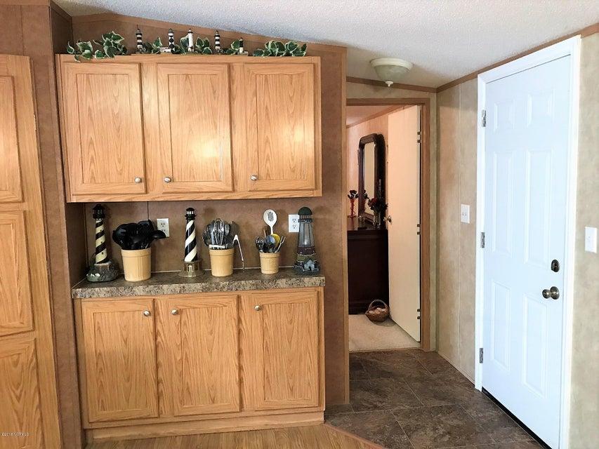 Forest Hills Real Estate - http://cdn.resize.sparkplatform.com/ncr/1024x768/true/20180205180711002071000000-o.jpg