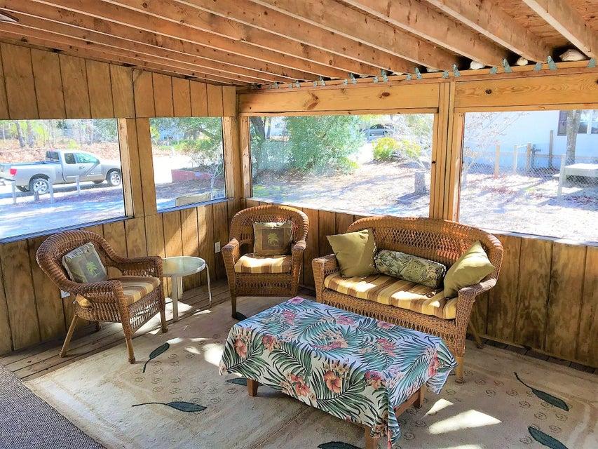 Forest Hills Real Estate - http://cdn.resize.sparkplatform.com/ncr/1024x768/true/20180205180728535833000000-o.jpg