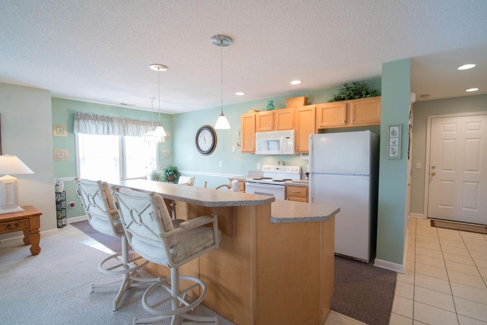 St James Real Estate - http://cdn.resize.sparkplatform.com/ncr/1024x768/true/20180206194315158778000000-o.jpg