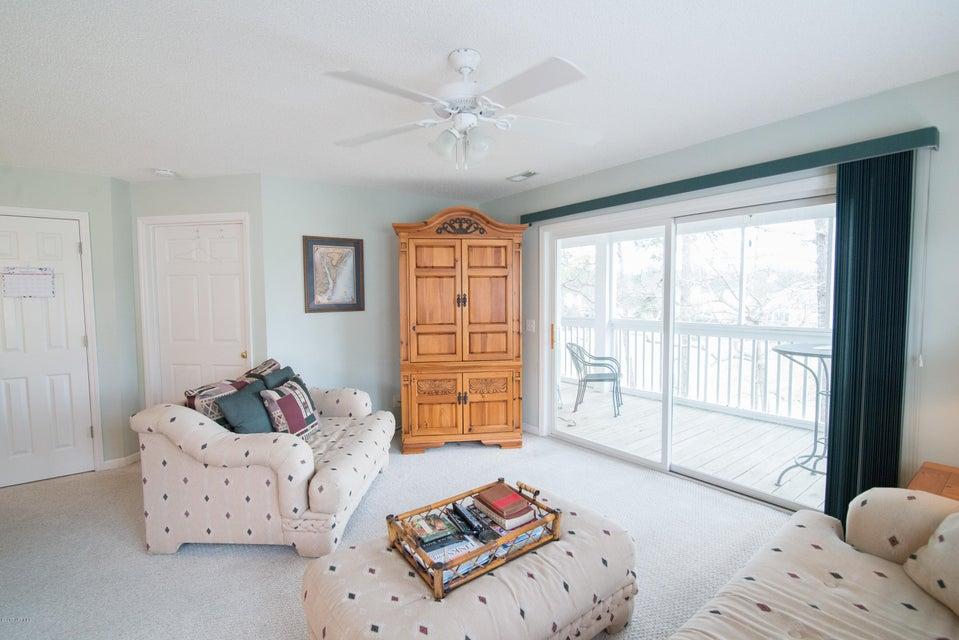 St James Real Estate - http://cdn.resize.sparkplatform.com/ncr/1024x768/true/20180206194316782519000000-o.jpg