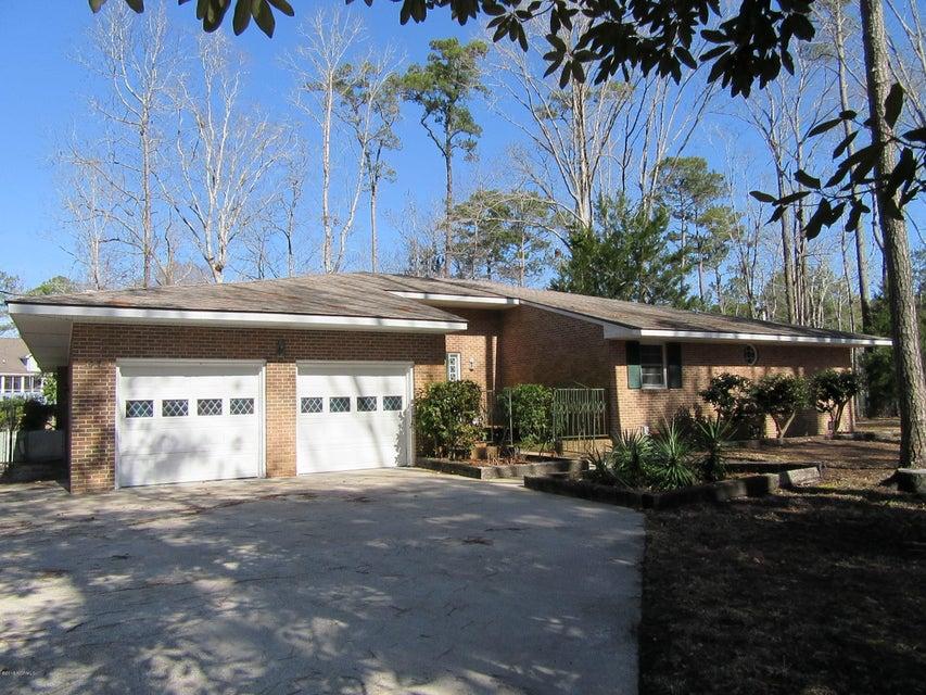 107 Pineview Drive,Oriental,North Carolina,3 Bedrooms Bedrooms,10 Rooms Rooms,2 BathroomsBathrooms,Single family residence,Pineview,100099560
