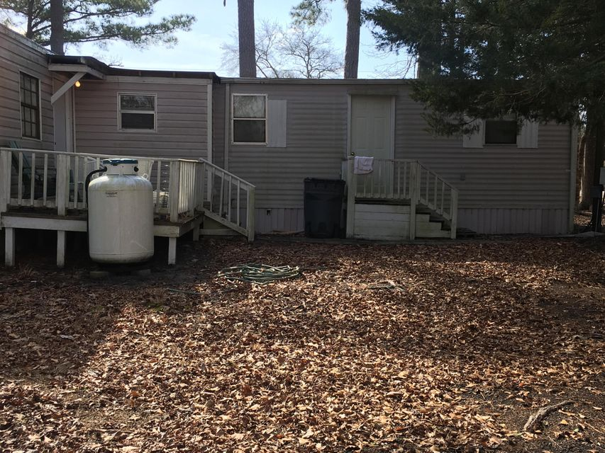 Holiday Pines Real Estate - http://cdn.resize.sparkplatform.com/ncr/1024x768/true/20180207194941893907000000-o.jpg
