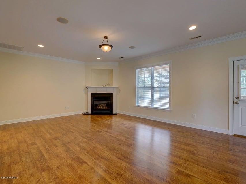 Waterford of the Carolinas Real Estate - http://cdn.resize.sparkplatform.com/ncr/1024x768/true/20180207230218018076000000-o.jpg